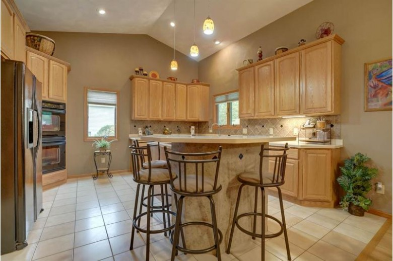 6220 Stony Hill Dr Oregon, WI 53575 by Matson & Assoc., Inc. Real Living $514,900