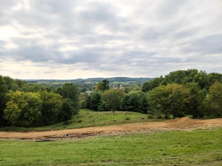 E6089 County Road F Reedsburg, WI 53959 by Gavin Brothers Auctioneers Llc $375,000