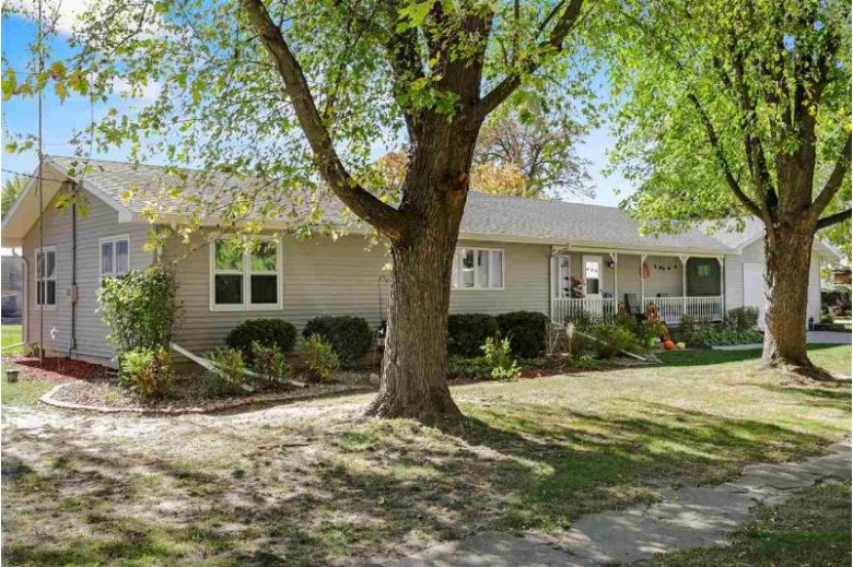 W9693 E Main St Cambridge, WI 53523 by Century 21 Affiliated $259,000