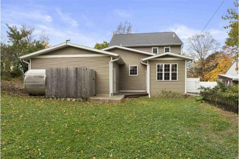 709 N Meadow Ln Madison, WI 53705 by Mhb Real Estate $474,999