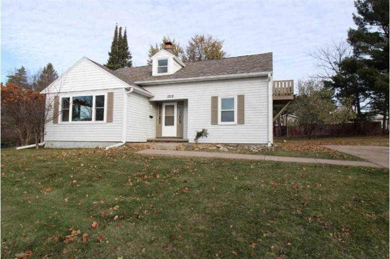 1202 Jackson Street, Wausau, WI by Woldt Commercial Realty Llc $134,900
