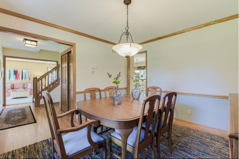 11731 N Riverland Rd Mequon, WI 53092-2737 by Shorewest Realtors, Inc. $539,900
