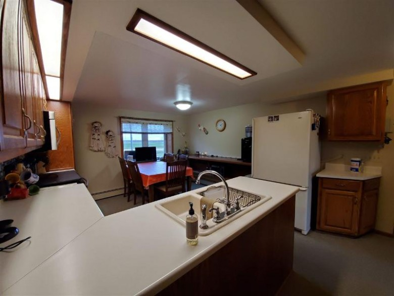 E4819 Hwy Bb, Two Rivers, WI by Keller Williams Fox Cities $199,900