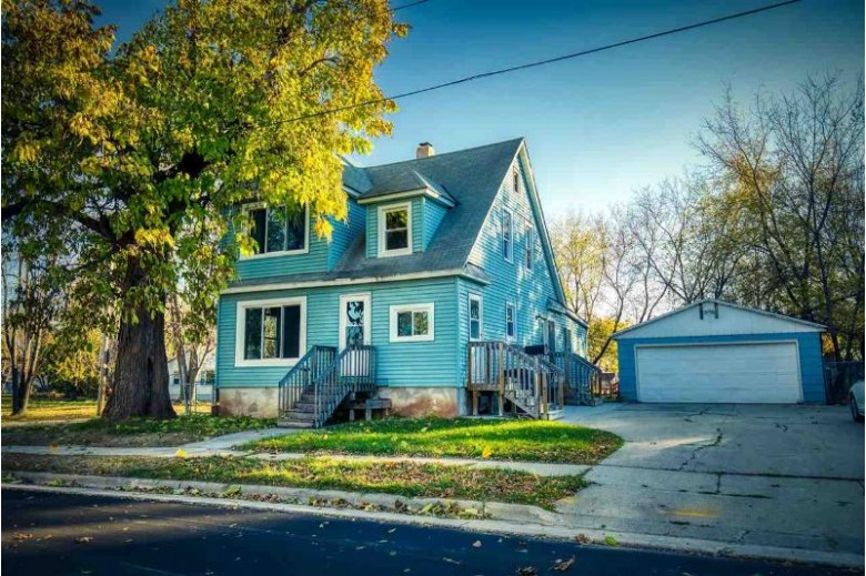 327 Center Street, Neenah, WI by Coldwell Banker Real Estate Group $124,900