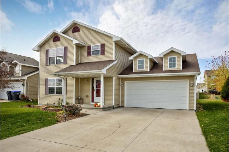 2671 Marathon Avenue Neenah, WI 54956-5080 by First Weber Real Estate $237,000