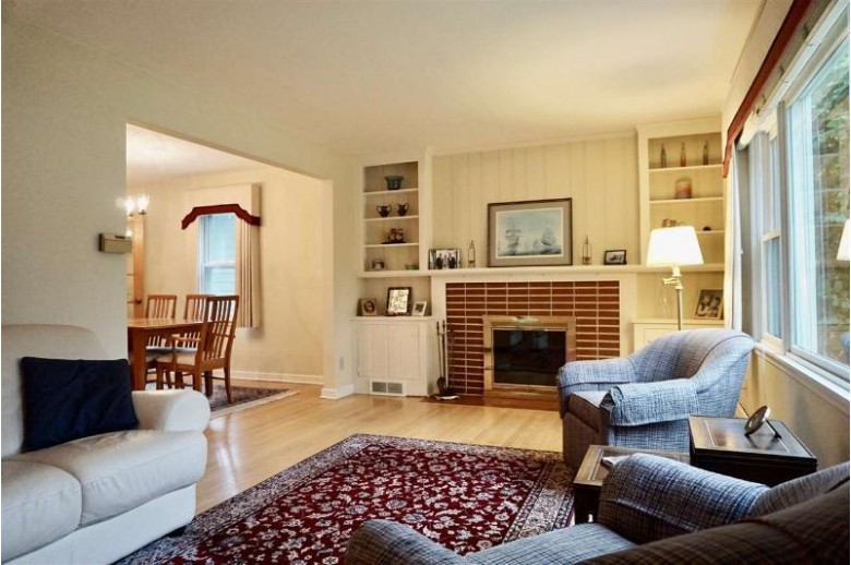 4314 Critchell Terr Madison, WI 53711 by Madisonflatfeehomes.com $469,900
