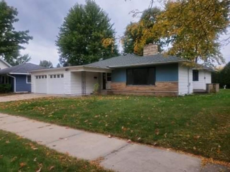 1150 10th St S, Wisconsin Rapids, WI by Coldwell Banker Advantage Llc $102,080