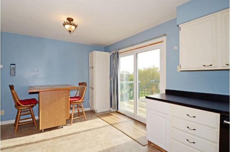 2446 Erickson St Stoughton, WI 53589 by Restaino & Associates Era Powered $245,000