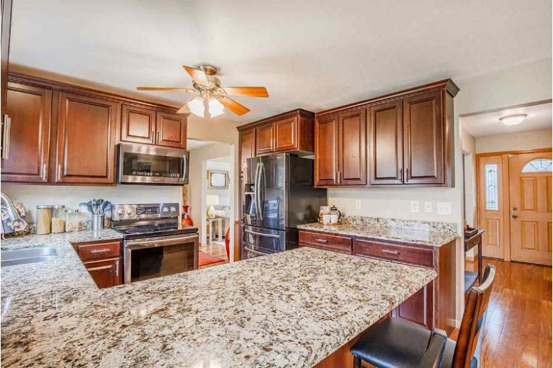7122 Turnberry Rd Madison, WI 53719 by Inventure Realty Group, Inc $325,000