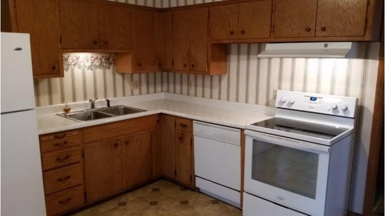 102 Harding St Stoughton, WI 53589 by Coldwell Banker Success $239,900