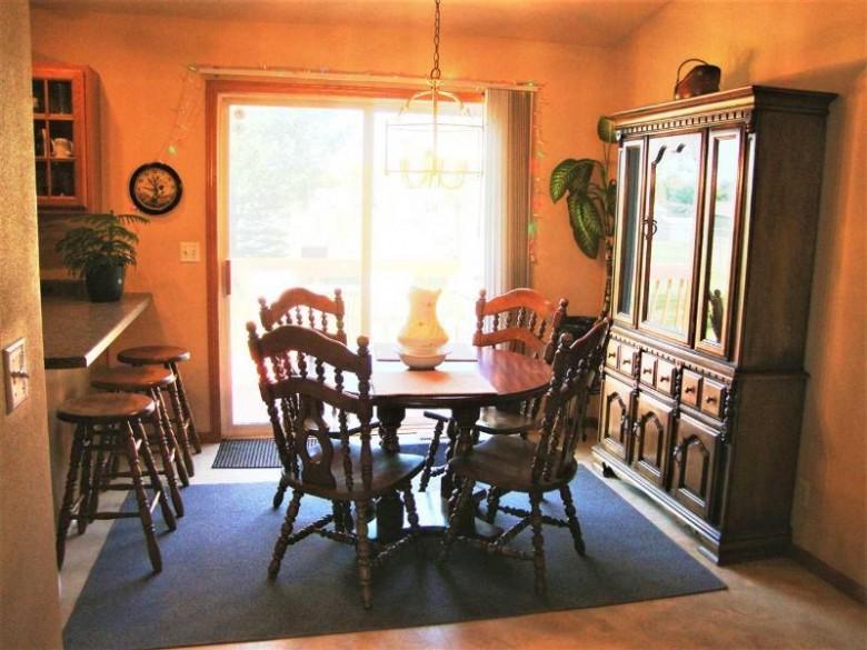 2069 Prairie Meadow Drive, Kronenwetter, WI by Re/Max Excel $184,900