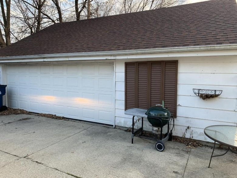 7006 N 44th St, Milwaukee, WI by Realty Executives Integrity~brookfield $110,000