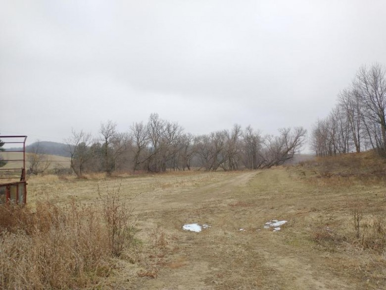 40+/- AC Inshore Ave, Tomah, WI by Simonson Real Estate & Auction $232,000
