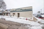 1826 S 71st St West Allis, WI 53214-4835 by Re/Max Realty 100 $235,000