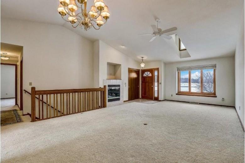 1698 White Tail Run Hartford, WI 53027-8624 by Honeck Real Estate Llc $269,900