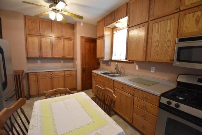 217 E Walnut St, Dodgeville, WI by Potterton-Rule Inc $239,900