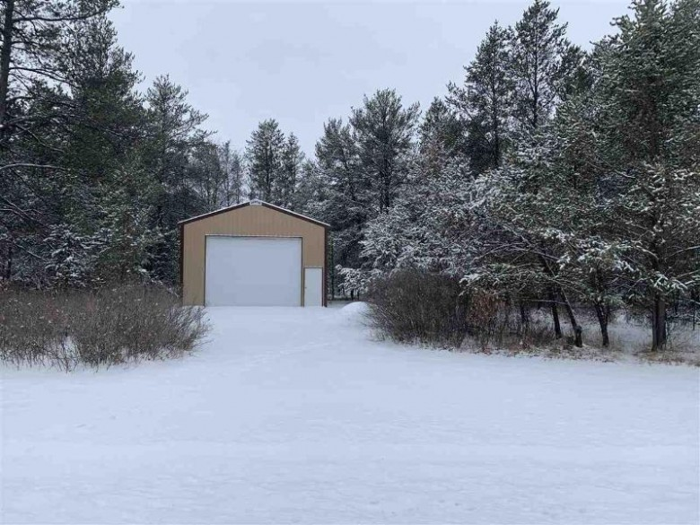 845 6th Ave Hancock, WI 54943 by Pavelec Realty $124,900