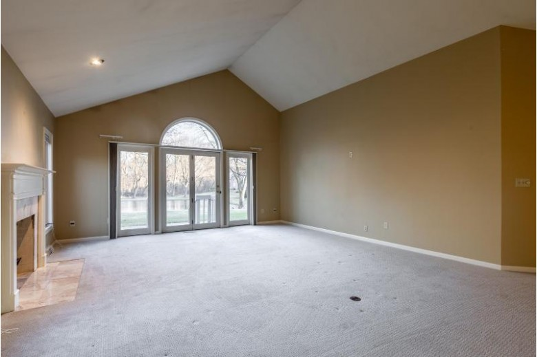 2350 Walnut Grove Ct A, Brookfield, WI by Keller Williams Realty-Milwaukee North Shore $424,900
