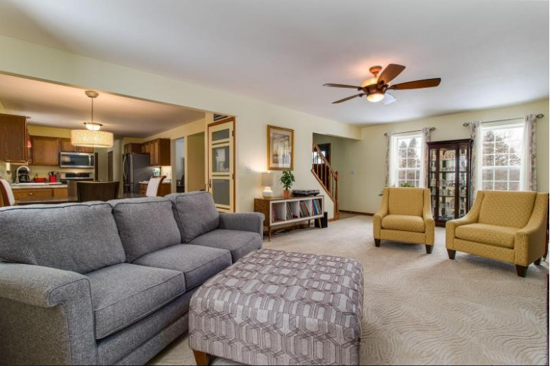 N51W26260 Autumn Trl, Pewaukee, WI by Realty Executives - Integrity $389,500