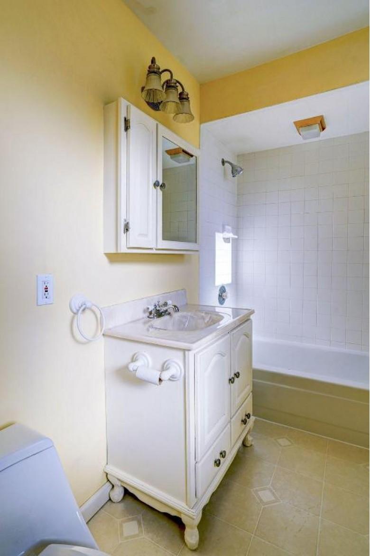 2619 73rd St, Kenosha, WI by Re/Max Newport Elite $154,900