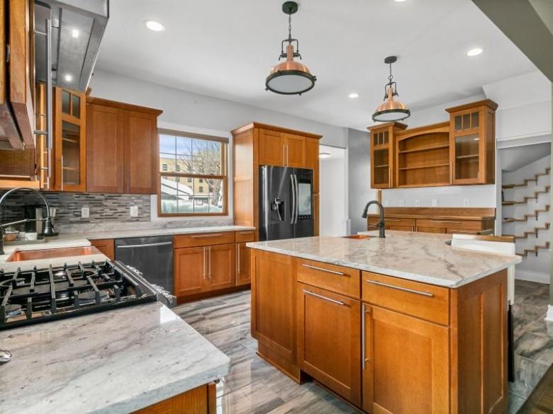 1336 Main St, Racine, WI by Keller Williams Prestige $524,900