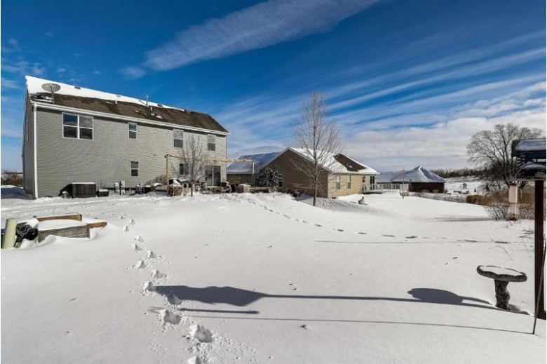 1625 Whitewater Dr, West Bend, WI by Coldwell Banker Realty $339,900