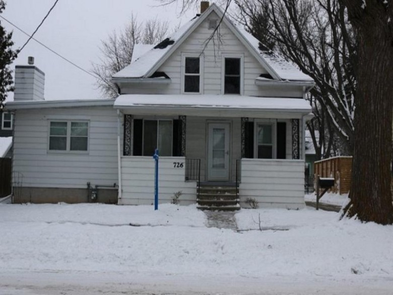 726 W Commercial Street Appleton, WI 54914-3659 by Real Estate Shoppe, LLC $165,000
