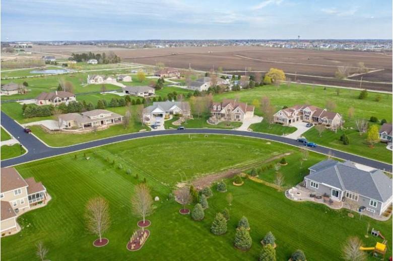 L77 Lyman'S Run Sun Prairie, WI 53590 by Ashley Jacobs Real Estate Llc $129,900