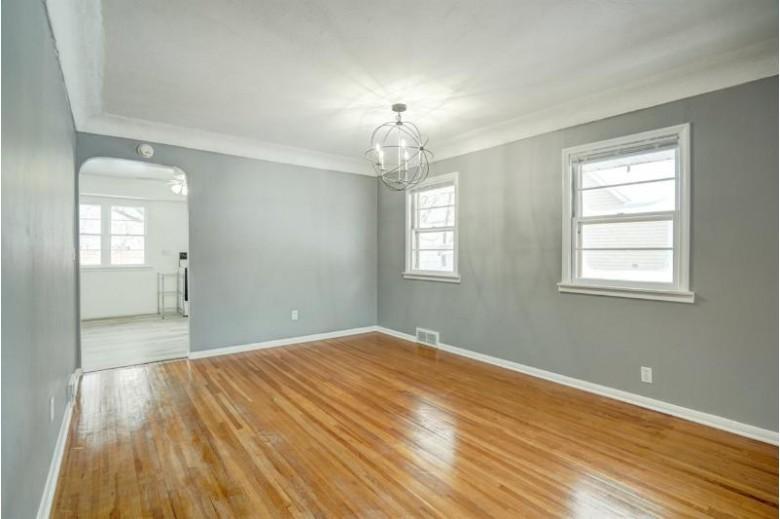 340 7th St Prairie Du Sac, WI 53578 by Bunbury & Assoc, Realtors $199,900