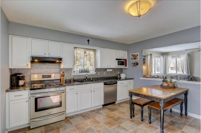 4216 S 89th St Greenfield, WI 53228-2212 by First Weber Real Estate $239,900