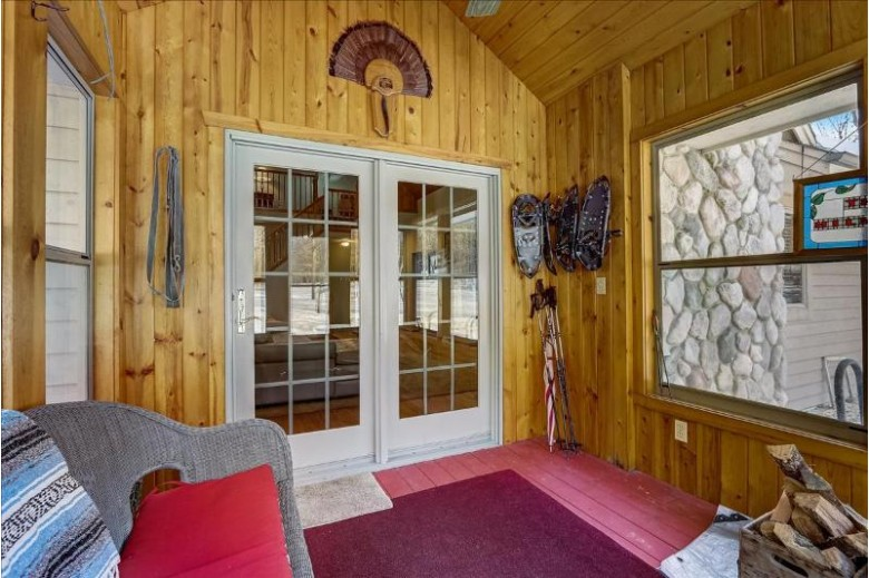 S77W35125 May Forest Rd, Eagle, WI by First Weber Real Estate $539,900