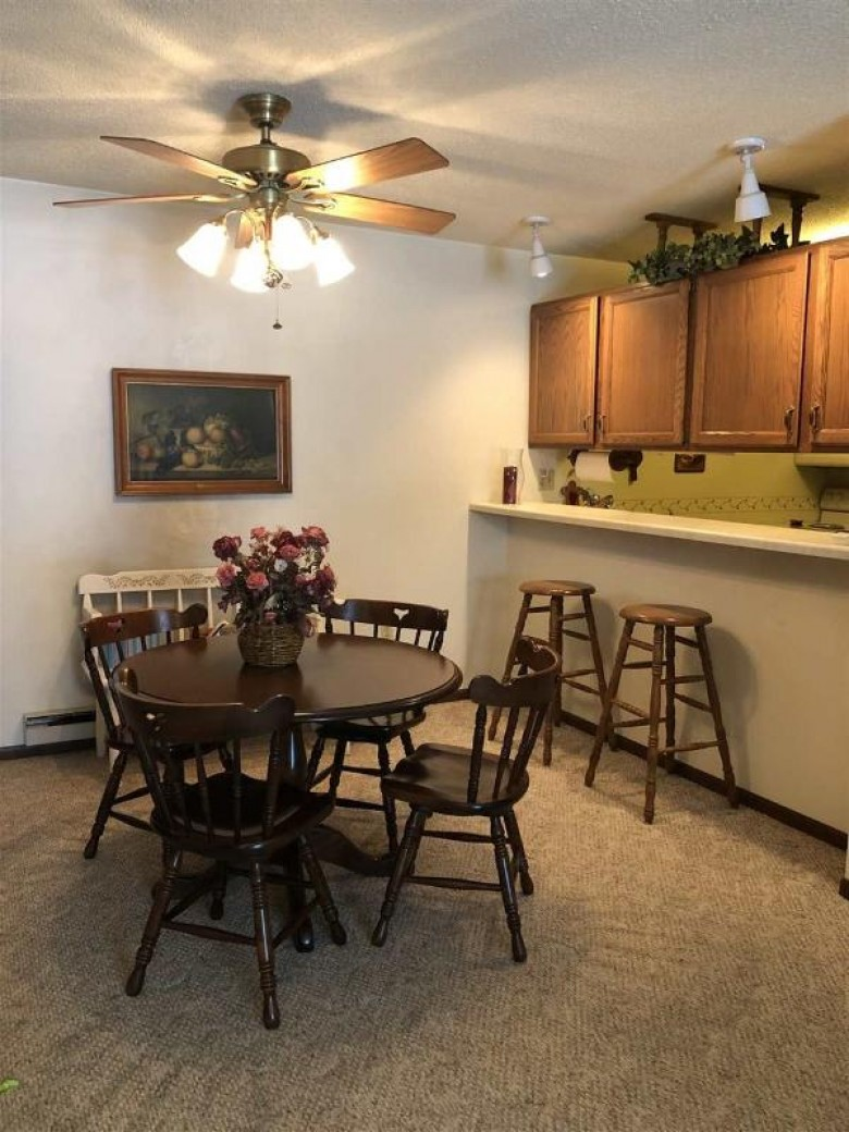 816 S Park Avenue 1C Fond Du Lac, WI 54935-6003 by Roberts Homes and Real Estate $96,900
