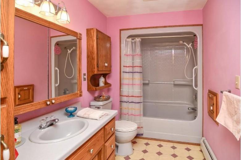 3236 N Whitney Drive, Appleton, WI by Keller Williams Fox Cities $264,900