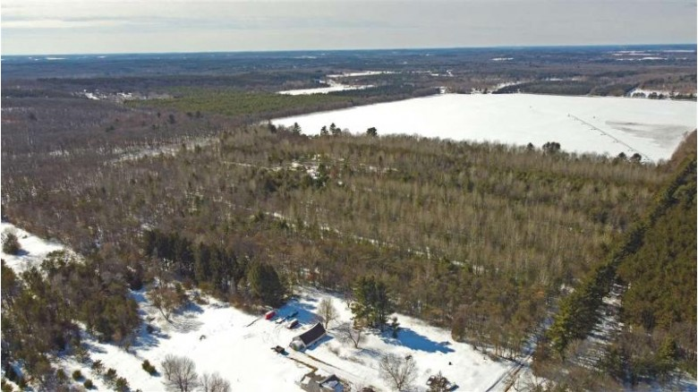 W4101 Blackhawk Court Redgranite, WI 54970 by First Weber Real Estate $259,000