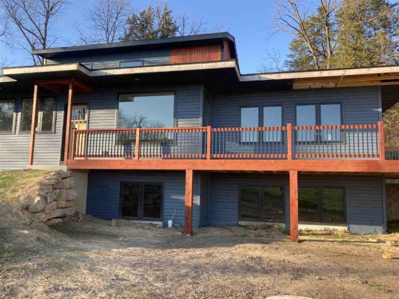 8625 Moscow Cemetery Rd Blanchardville, WI 53516 by Re/Max Preferred $380,000