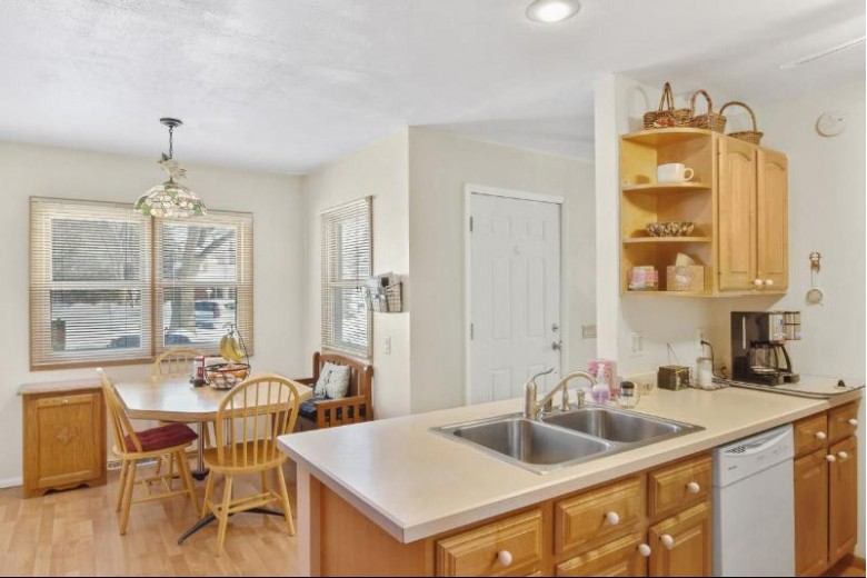 4905 Twin Oaks Dr Madison, WI 53714 by Lauer Realty Group, Inc. $309,900
