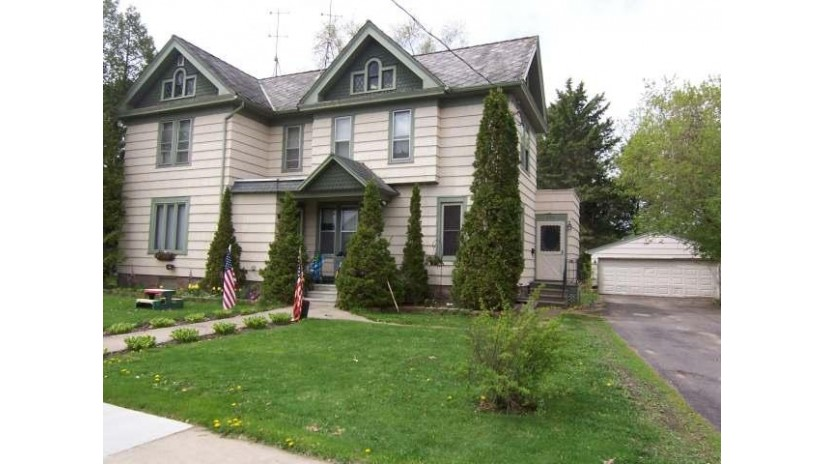 416 Lincoln St Antigo, WI 54409 by Wolf River Realty $69,900