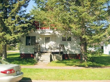 584 6th Ave S, Park Falls, WI 54552