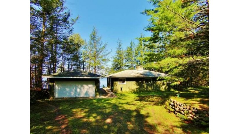 8467 Bo Di Lac Dr S Minocqua, WI 54548 by Redman Realty Group, Llc $249,900