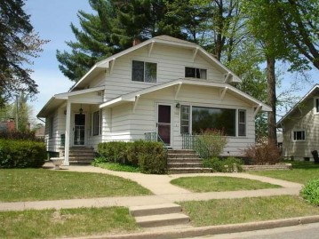 108 Third St, Eagle River, WI 54521