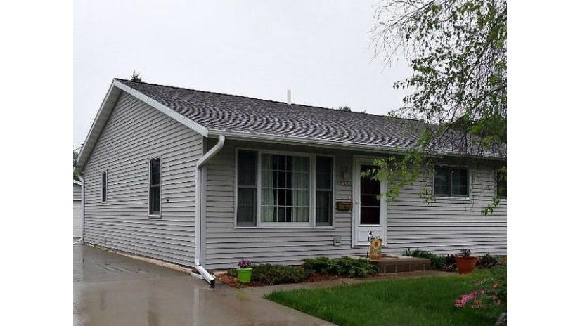 1731 Clermont St Antigo, WI 54409 by Absolute Realtors Inc. $119,900