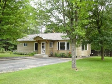 3375 Faust Lake Rd S, Pelican, WI 54501