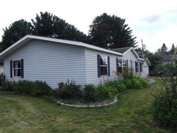 202 Mill St, Eagle River, WI 54521