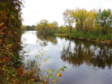 On River Rd, Newbold, WI 54539