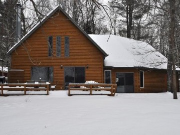 12392 S Shore Dr, Mountain, WI 54174