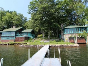7408 Clearwater Rd, Minocqua, WI 54548
