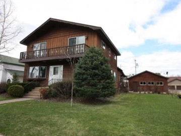 120 Second St, Eagle River, WI 54521