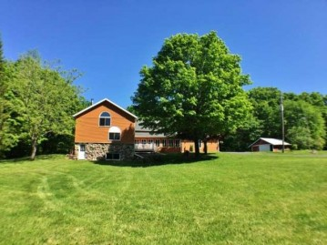 4890 High Point Rd, Pelican, WI 54501