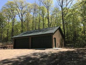 3893 Twin Lake Rd, Conover, WI 54512