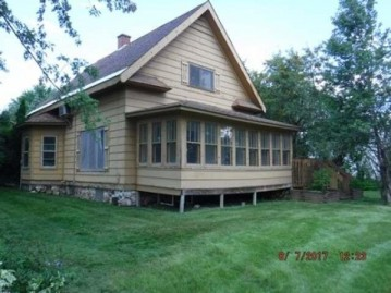 742 5th Ave, Park Falls, WI 54552